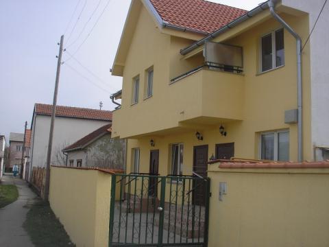 Kuća #08