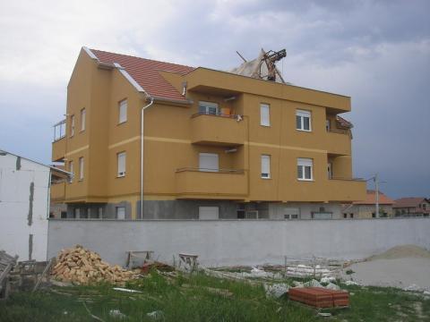 Zgrada #02