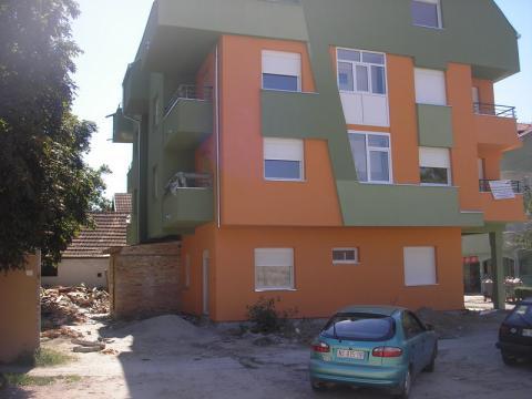 Zgrada #03