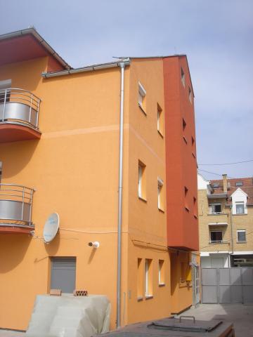 Zgrada #08