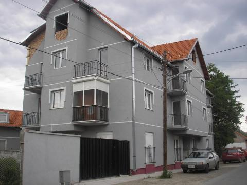 Zgrada #09